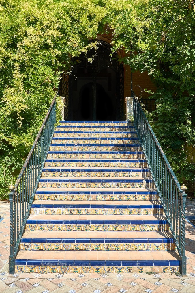 stairs-661299_1920